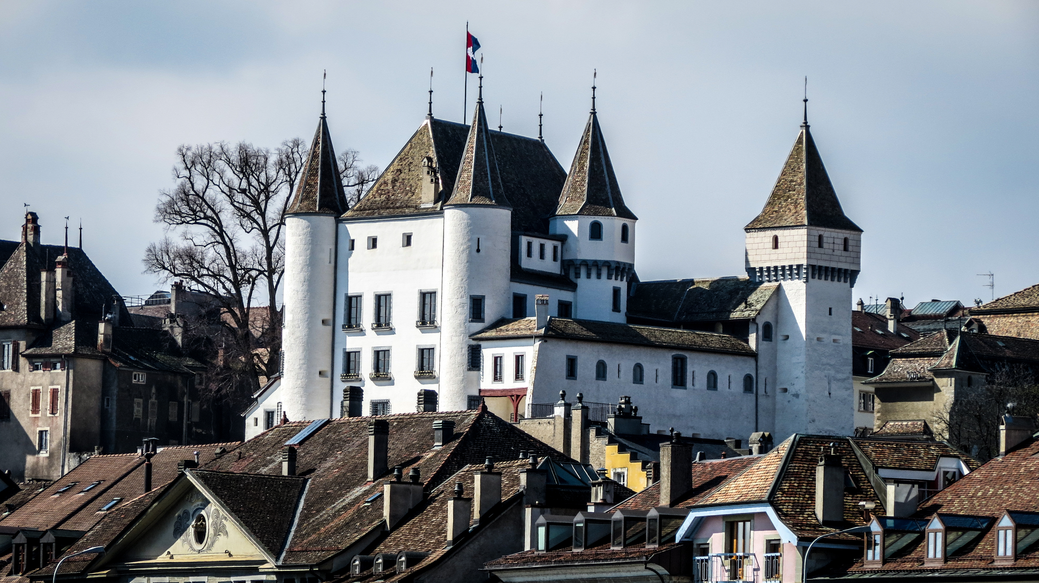 Chateau-de-Nyon-Day